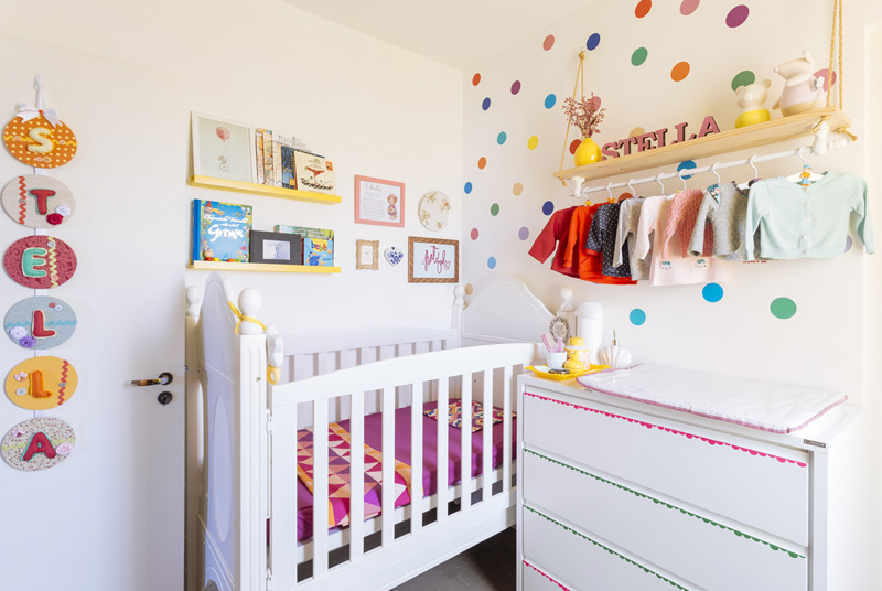 STELLAS'S COLOURFUL AND DOTTY NURSERY