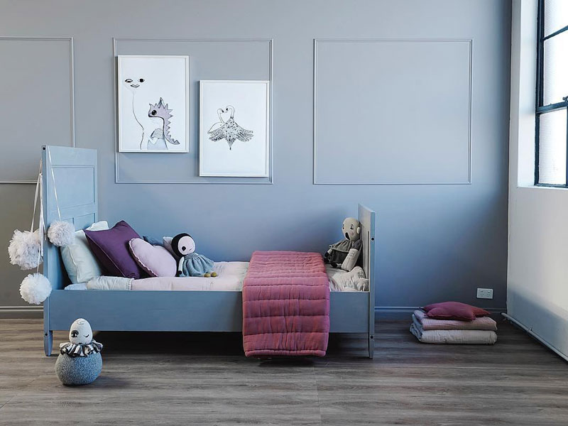 blue walls childrens room