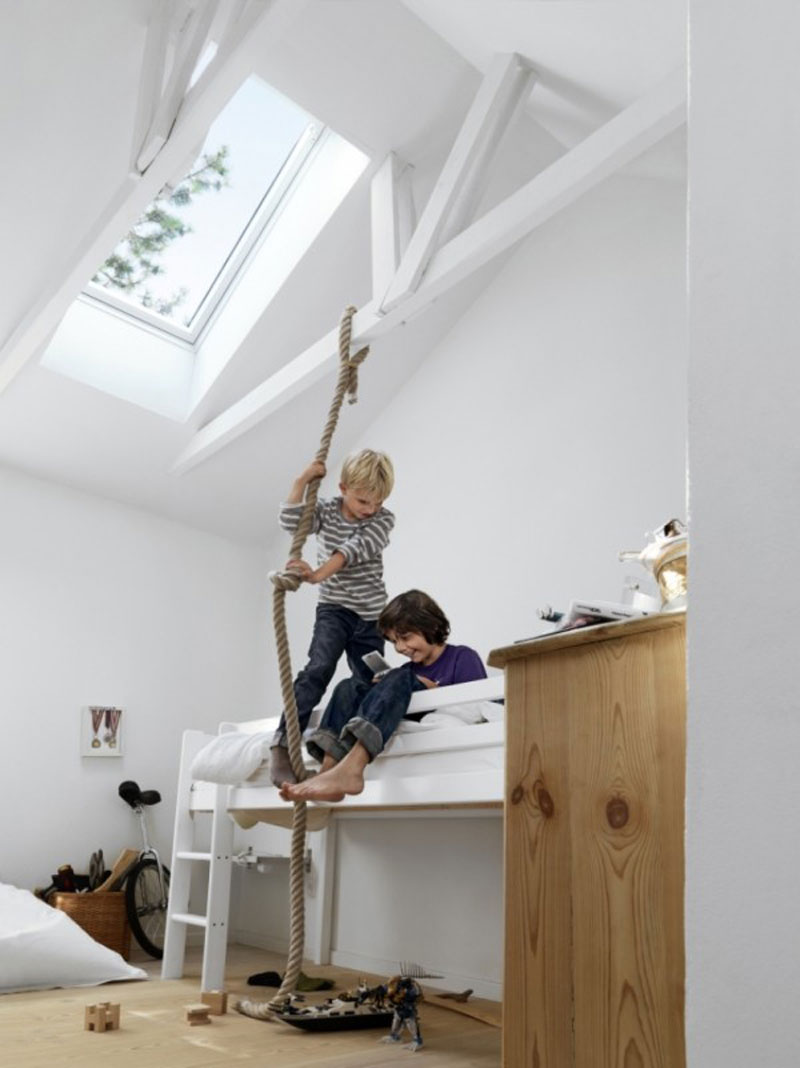 hanging a rope in a kid's room