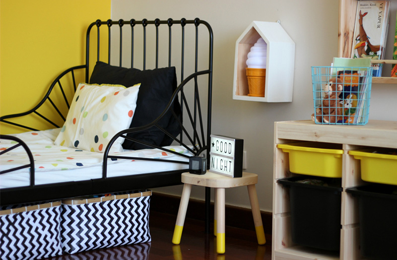 c24fb51dde2a Ali Efe s Black and Yellow Boys Toddler s Room