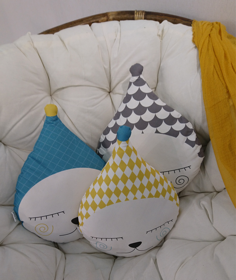 ila y ela cushions