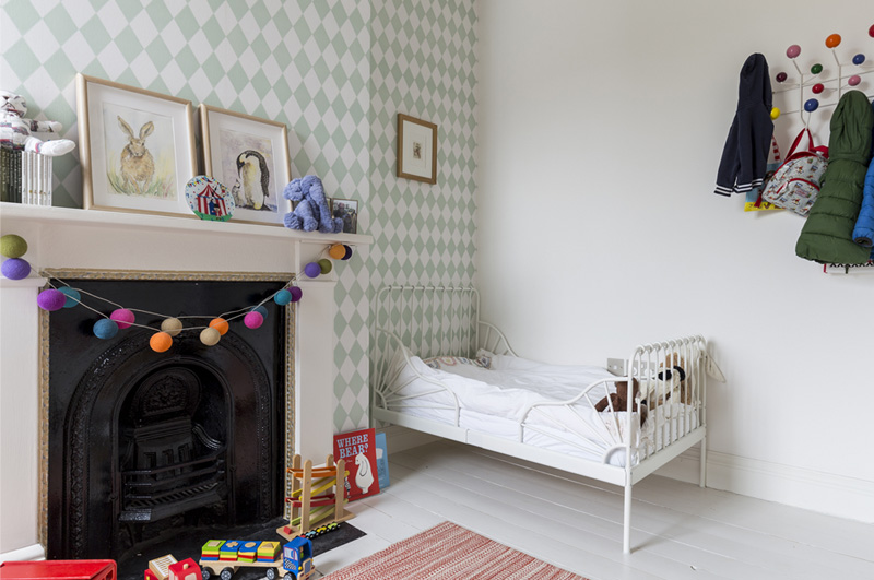 harlequin wallpaper kids room