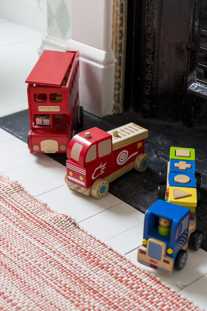 red bus toys