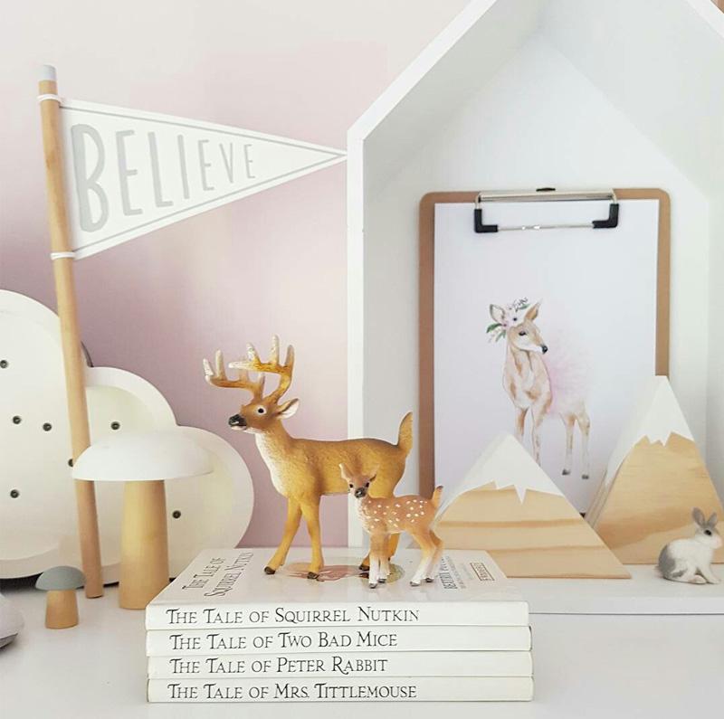 shelf kids decor