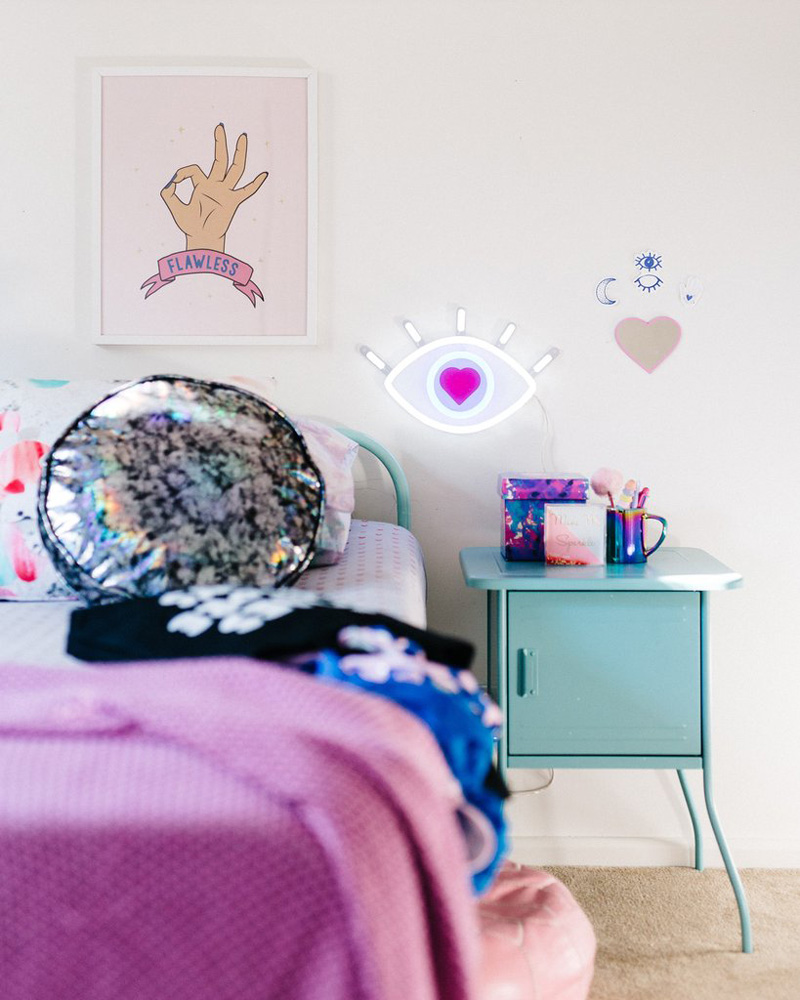 led light girls room
