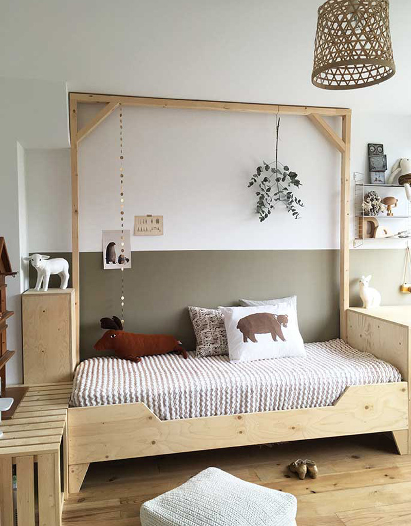 natural wooden kids bed