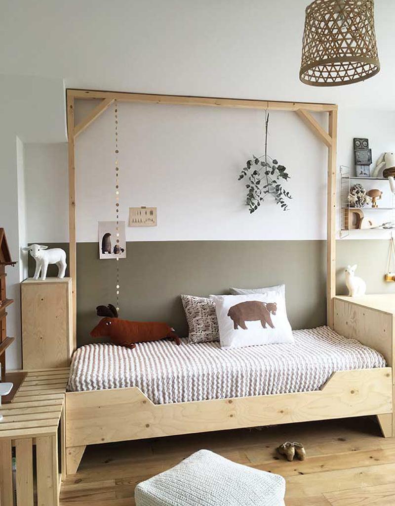 Pleasant Natural Wood Kids Furniture In Kids Rooms By Kids Interiors Download Free Architecture Designs Scobabritishbridgeorg