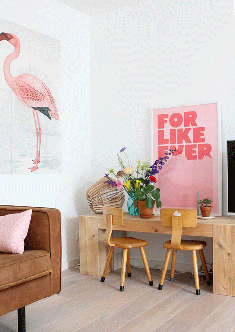 flamingo décor kids room