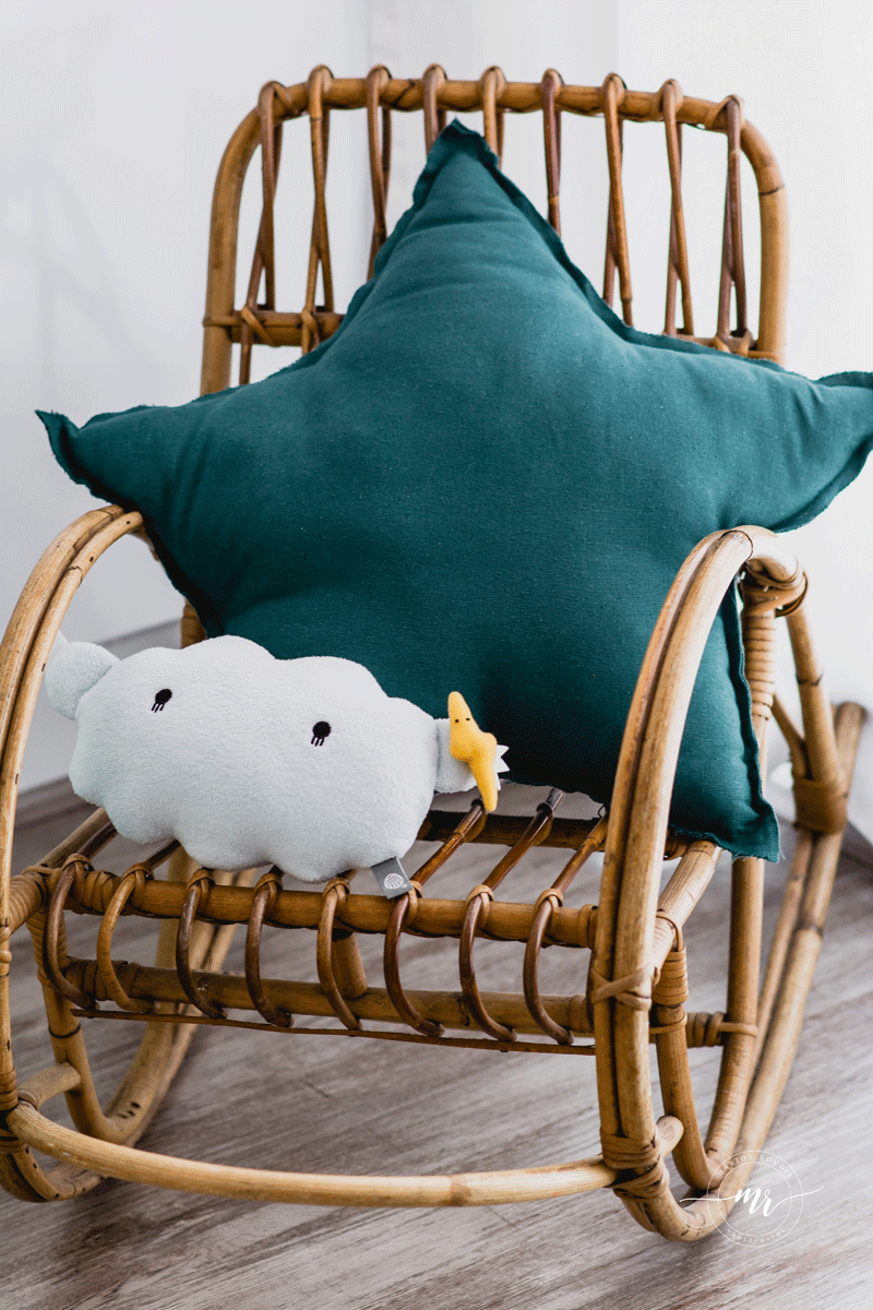 blue star cushion