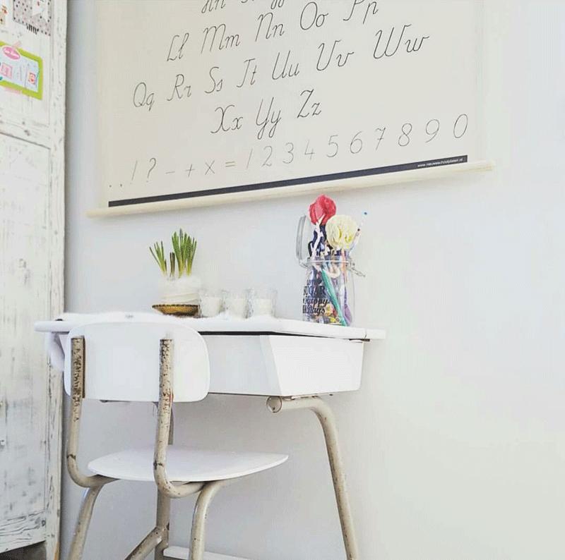 white kids desk chair