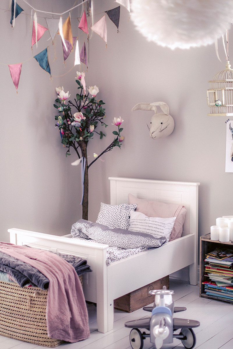 lavender kids room