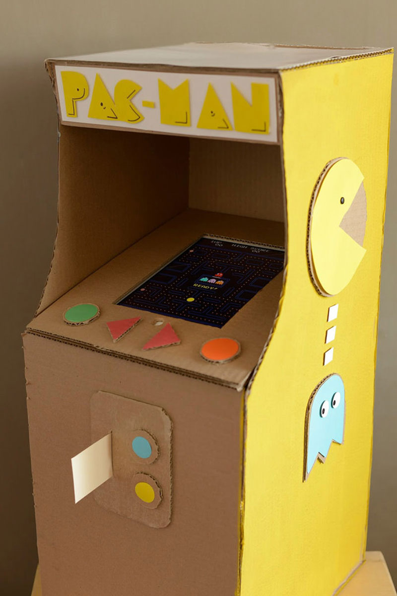 pacman cardboard toy