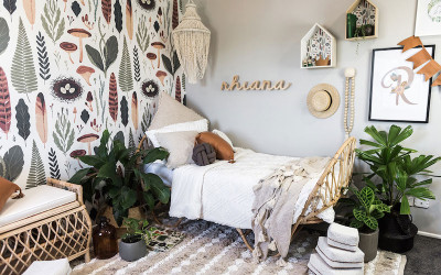 RHIANA'S EARTHY AND NATURAL ROOM