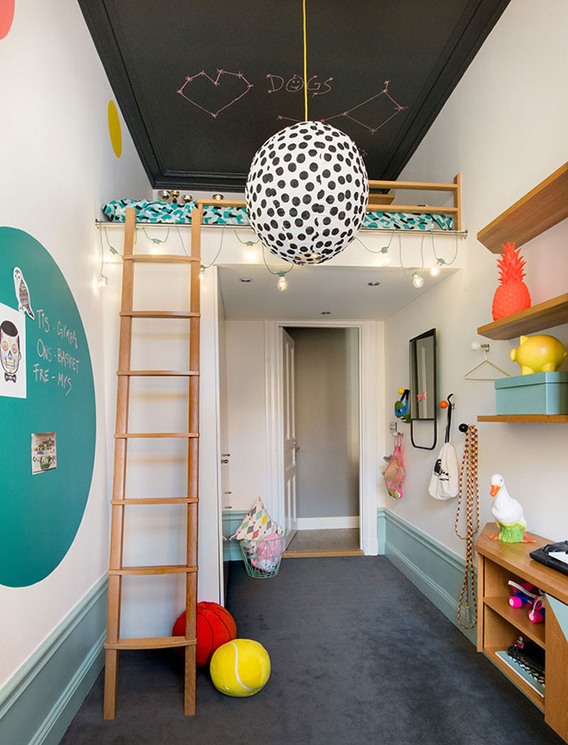 Picture of: The Advantages Of A Loft Bed In A Kid S Room