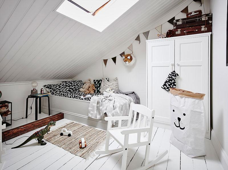 white floorboards kids room