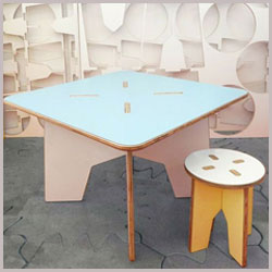kids design table and chair