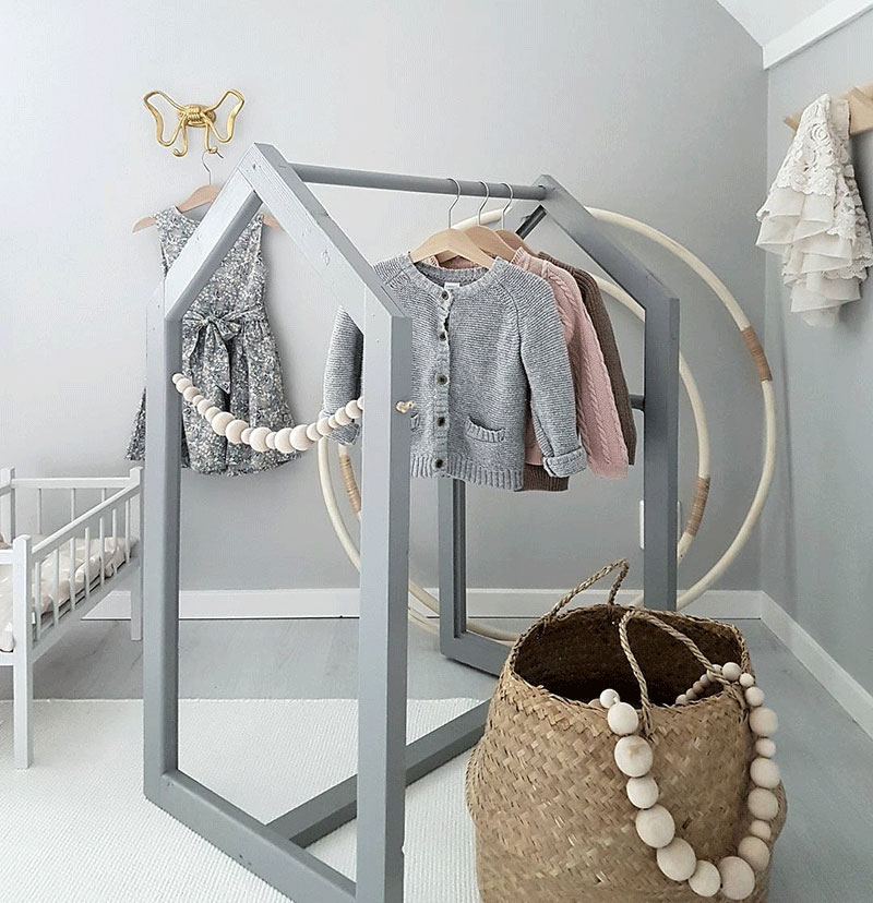 hanging clothes in kids room