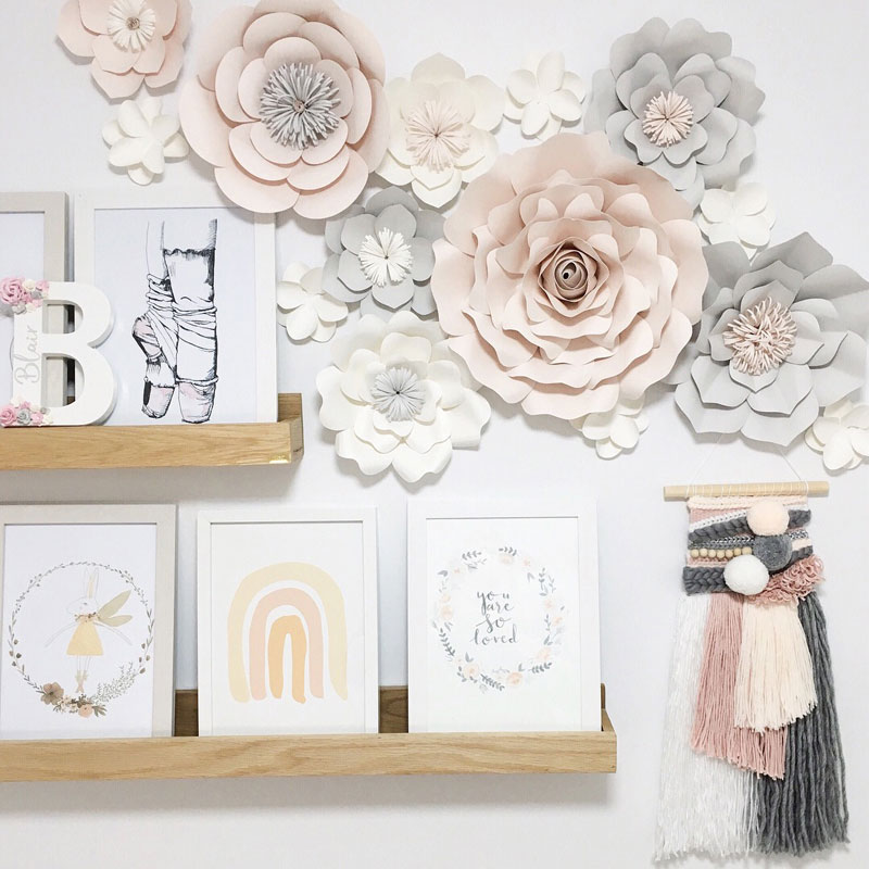 paper floral wall décor