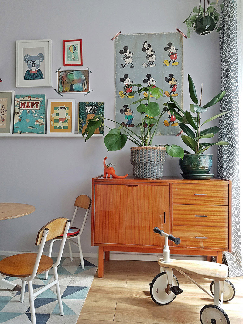 green plants in kid's room