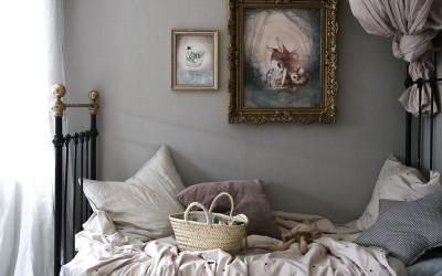 ROOMTOUR : JULIE'S VINTAGE BEDROOM – PETITE IN SIZE BUT HUGE IN STYLE