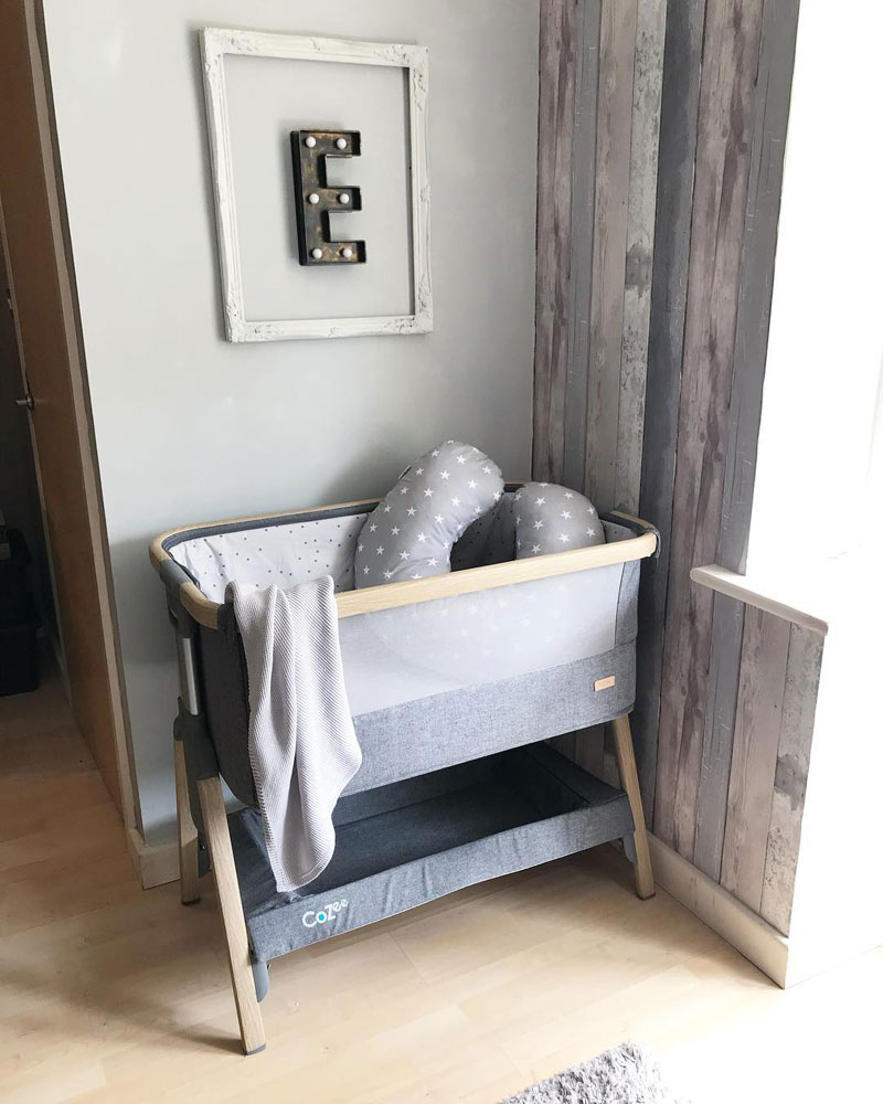 CoZee portable baby cot
