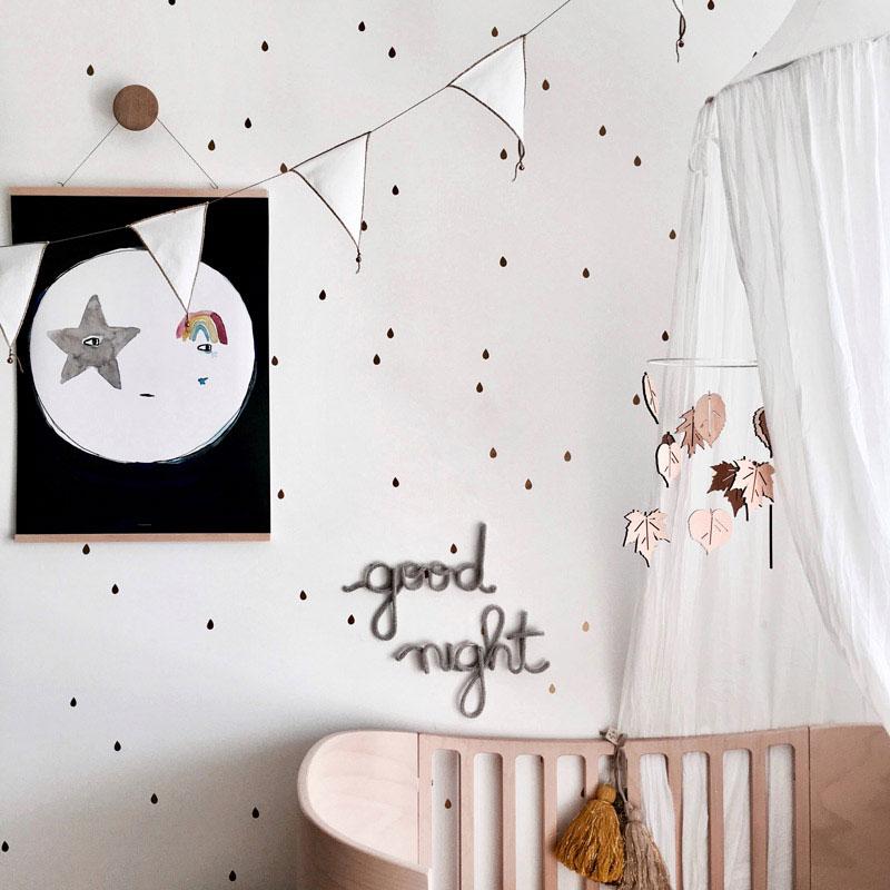 black dot wallpaper