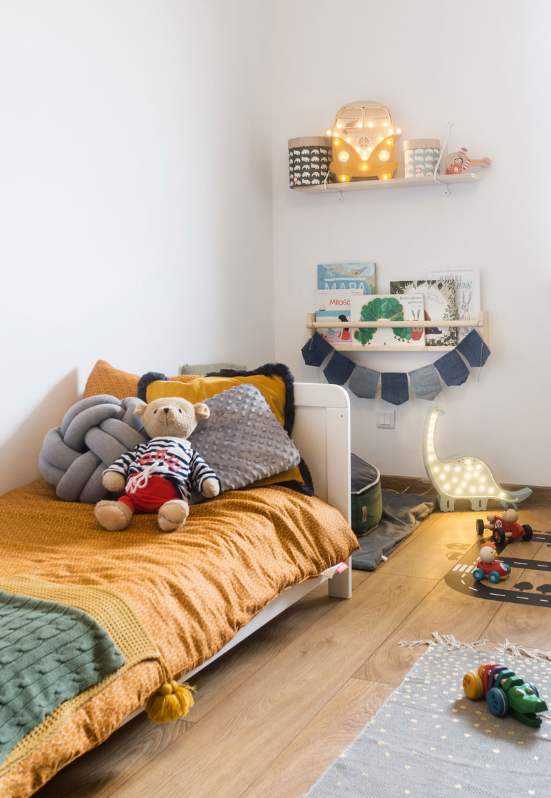 yellow kids bedding