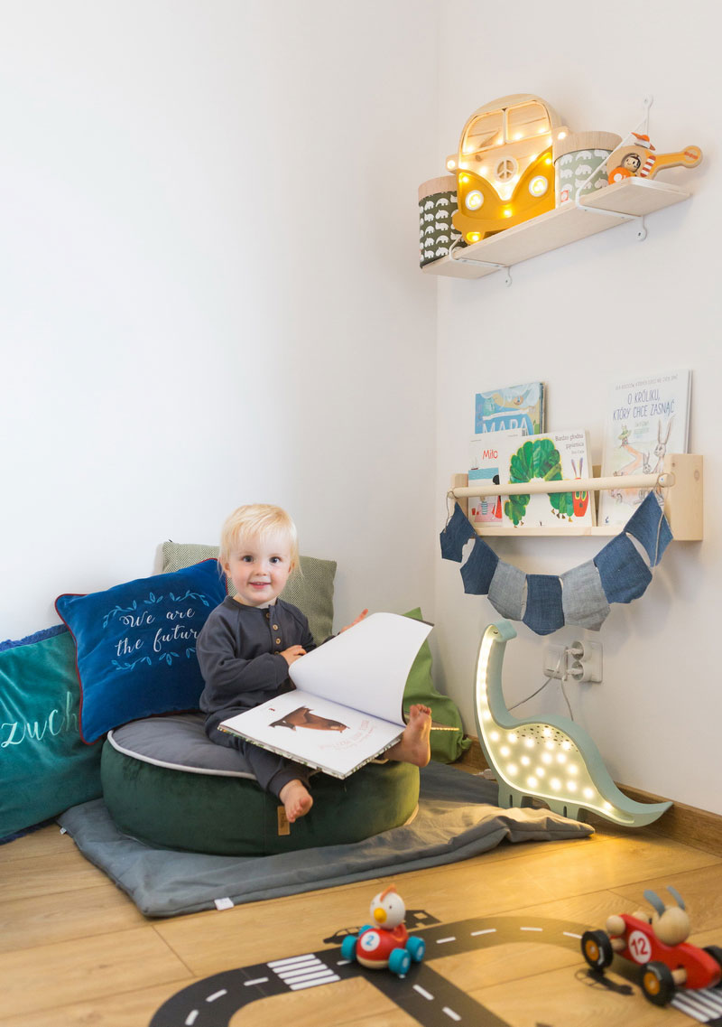 reading corner pouf for kids