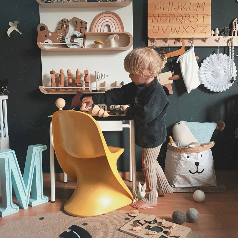 yellow chair for kid's room