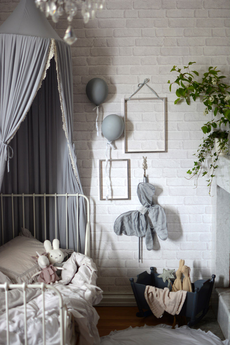 dreamy fairy tale girl's room