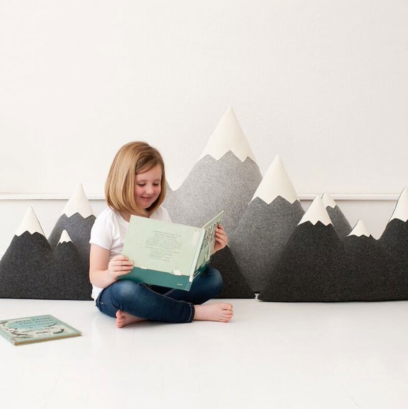 mountain peek cushions
