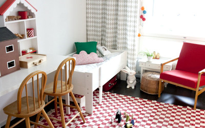GIRLS' ROOMS WITH RED ACCENTS