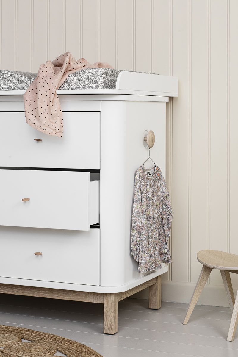 oliver furniture changing table