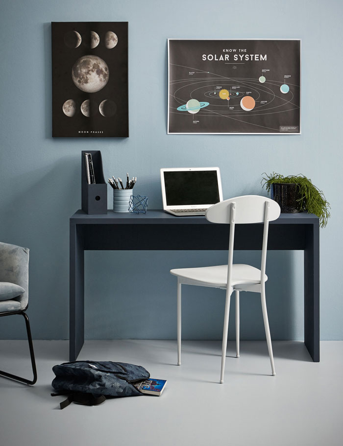 austronaut decor for kids room
