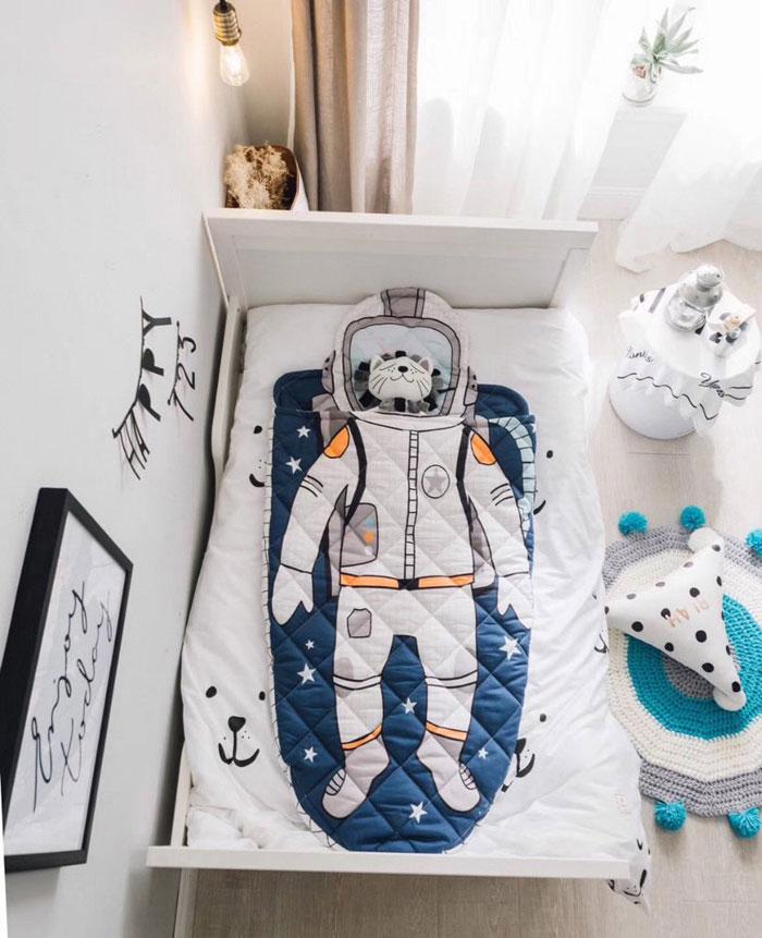 austronaut oufit kids bedlinen