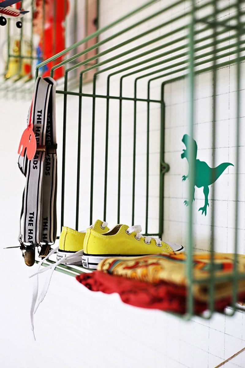metal slef children's room