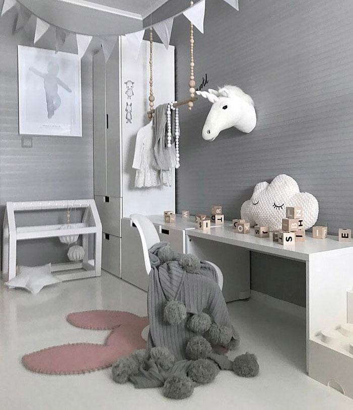 white unicorn wall head