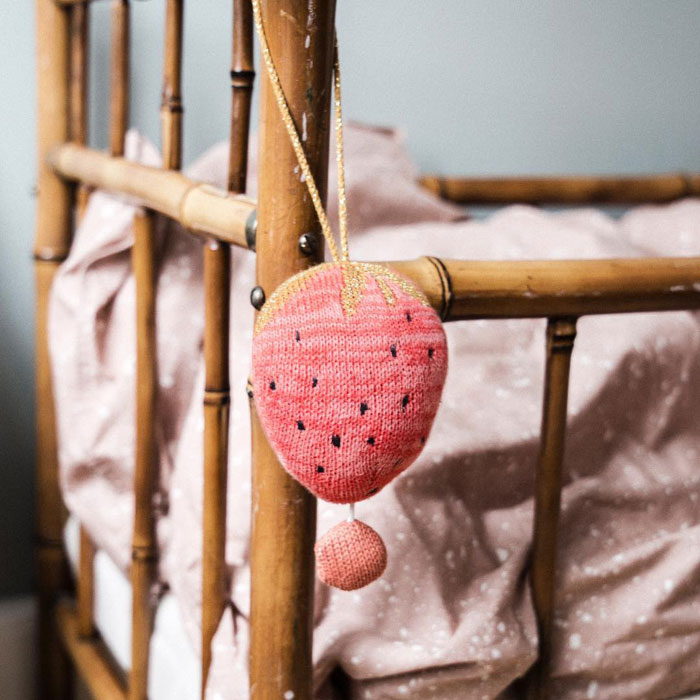 strawberry decor kid's room