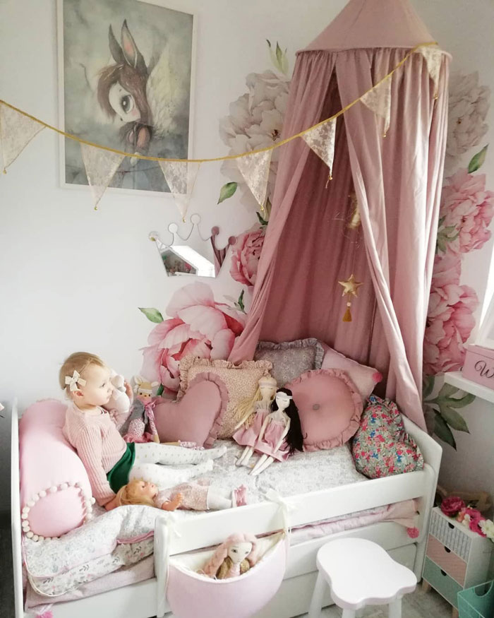 pink scandinavian style kid's room