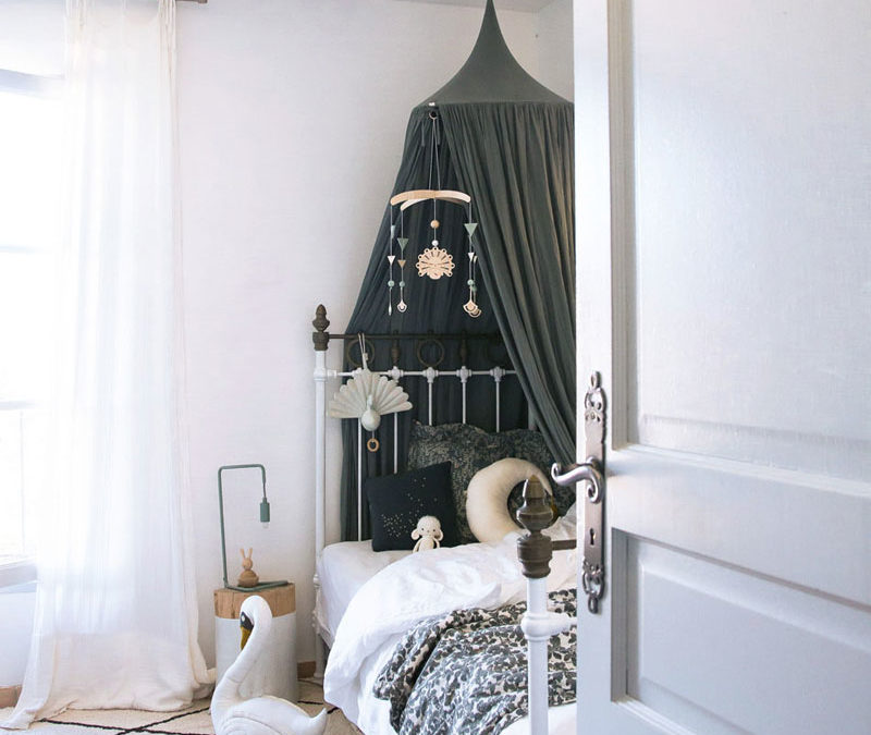 ROOMTOUR : LOU'S POETIC ROOM WITH A SCANDINAVIAN FEEL