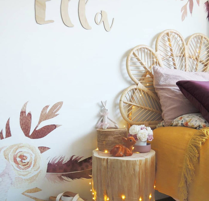 HOW TO BRING THE SPRING MOOD INTO THE KID'S ROOM