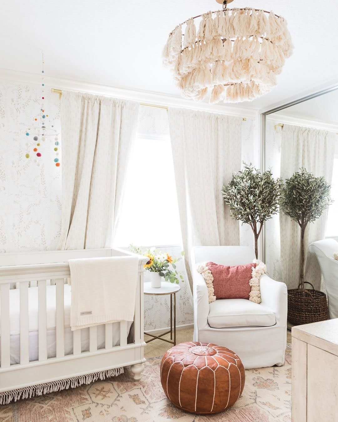 Natural Baby Nursery Design Reveal: HOW TO BRING A NATURAL VIBE TO THE NURSERY
