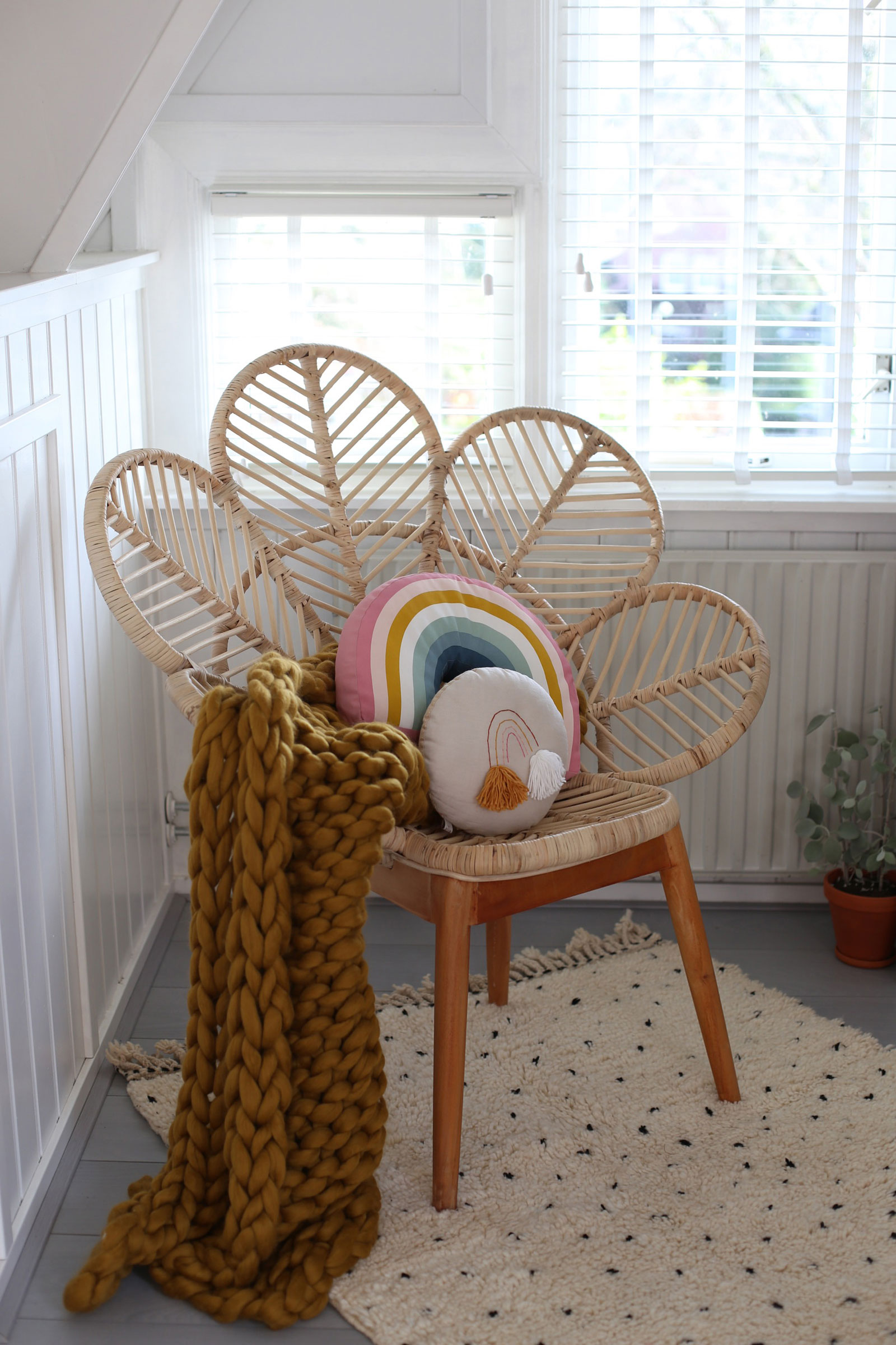 70's style rattan chair