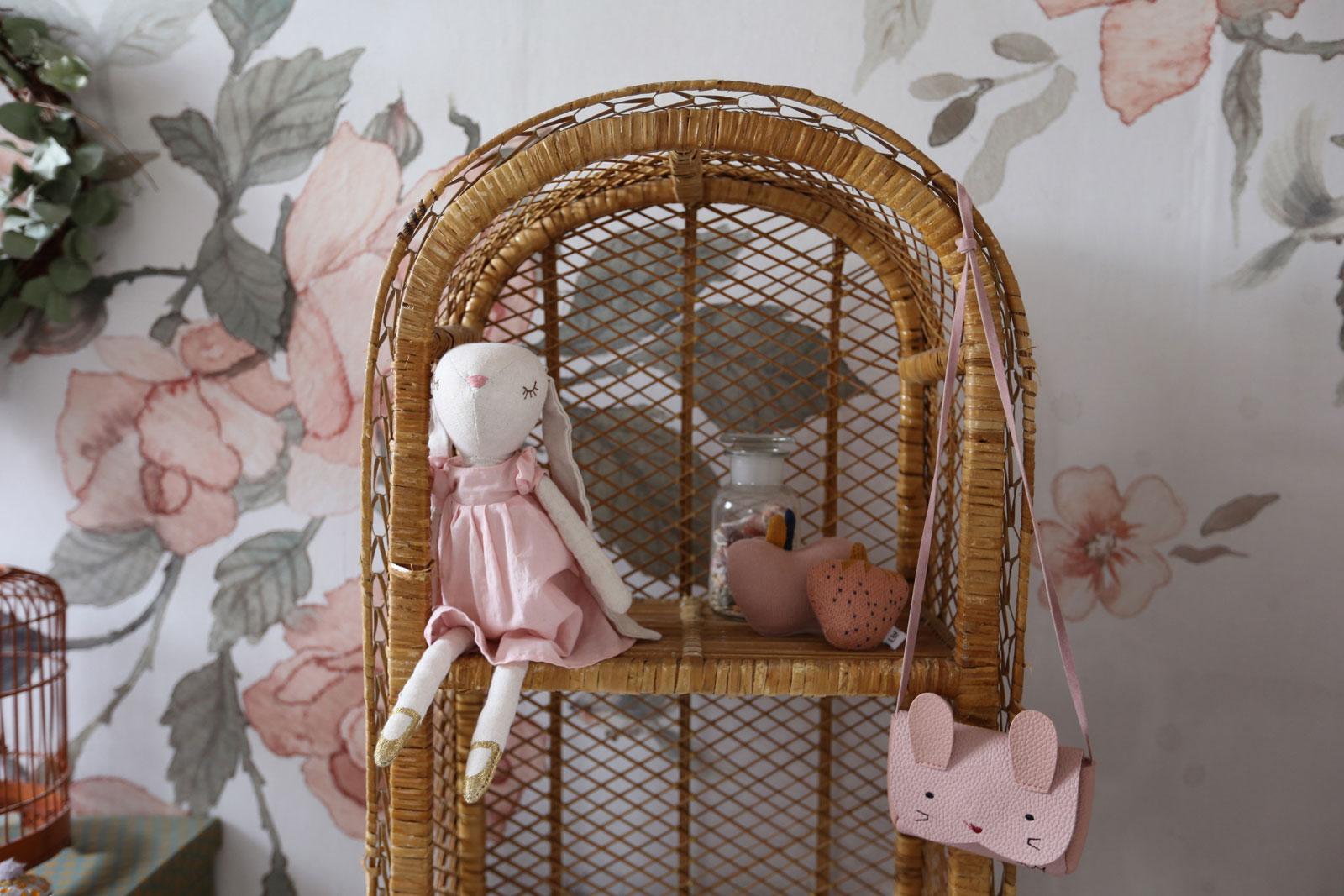 rattan shelf kid's room