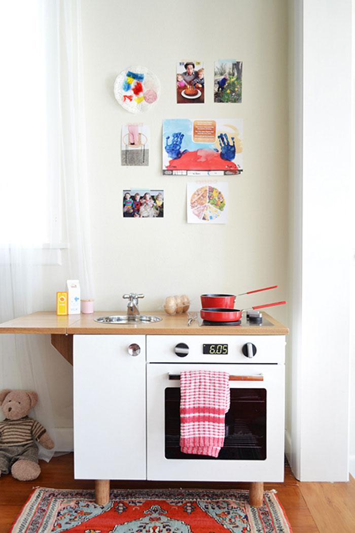 modern cool kids play kitchen