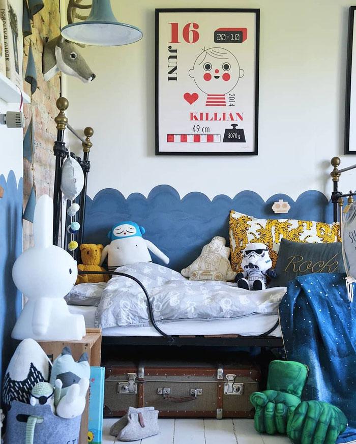 eclectic vintage kid's room