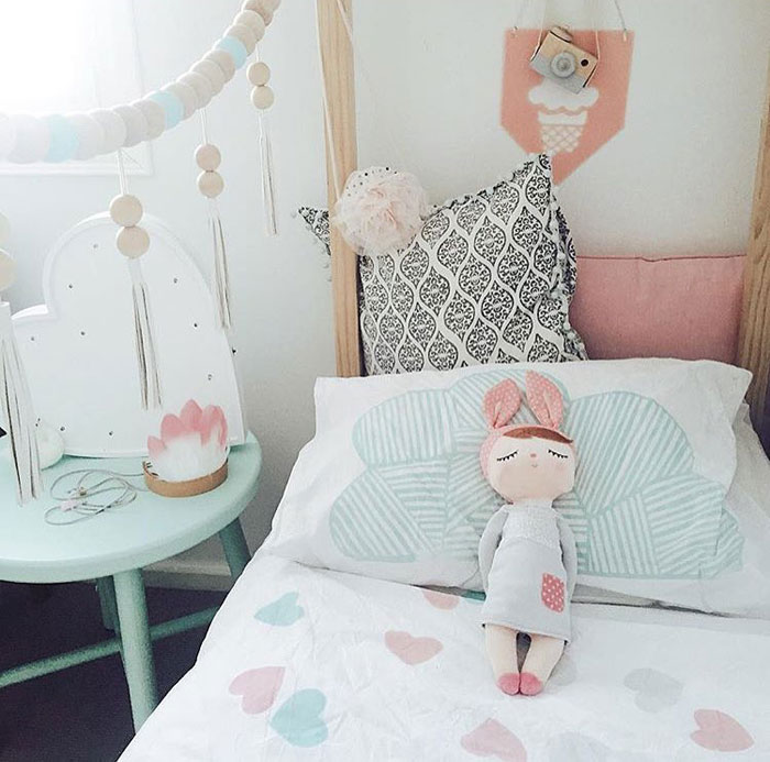kids bedding with hearts