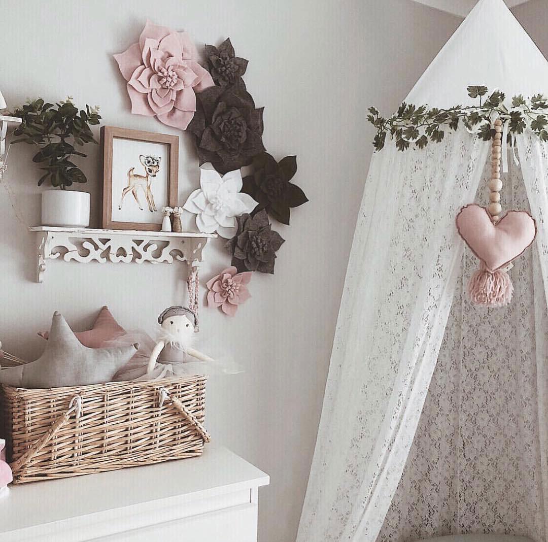 heart décor for kid's room