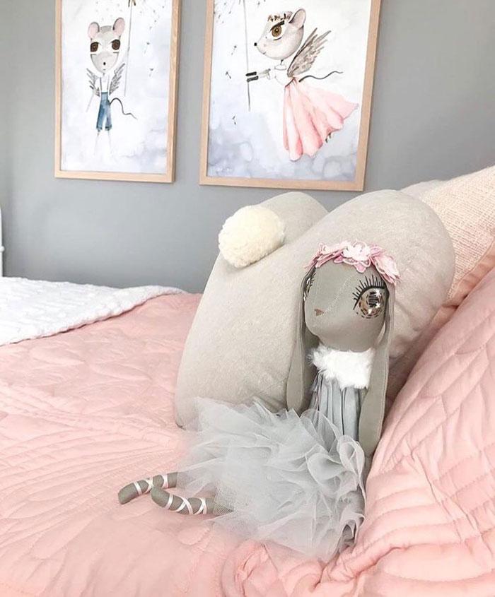 heart pillow kid's room