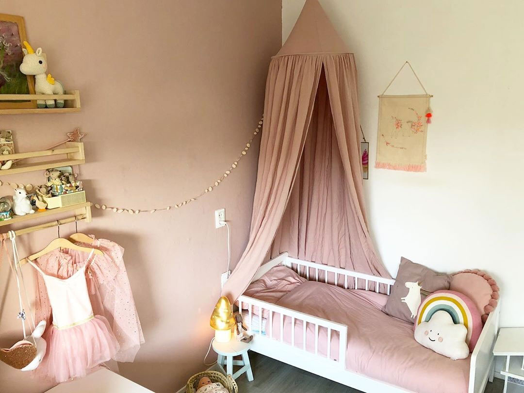 dusty pink girl's room
